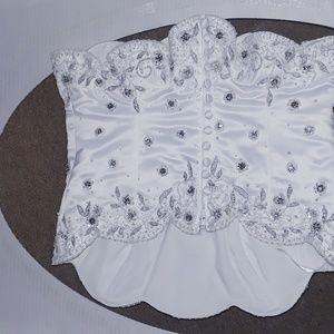 New/Never Worn/Never Altered Wedding Dress